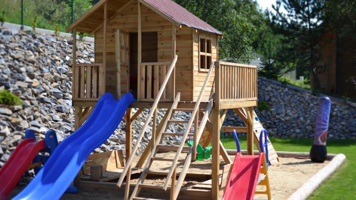 Quelle cabane pour enfant installer dans votre jardin?