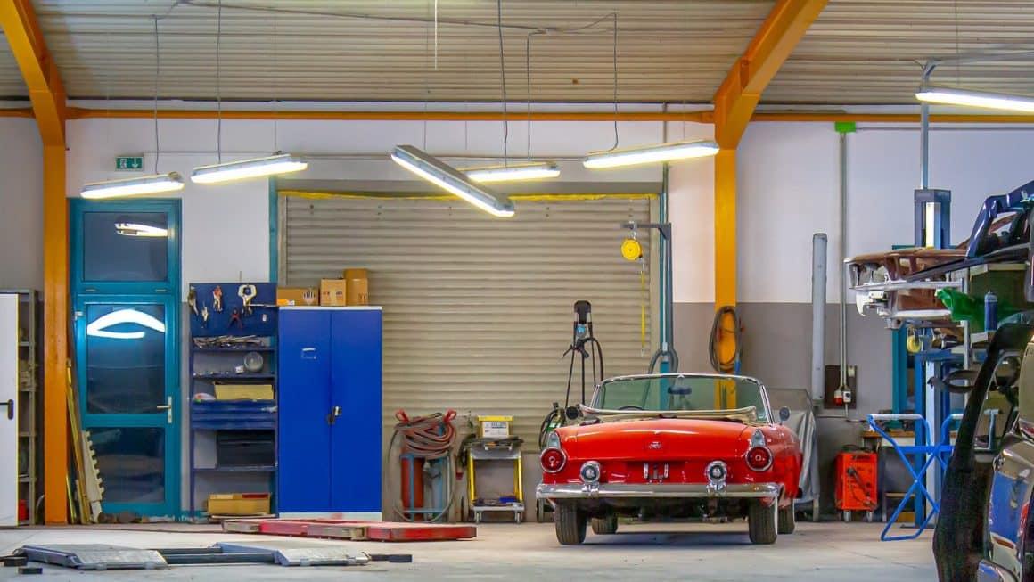 Pourquoi faire construire une extension de garage en bois