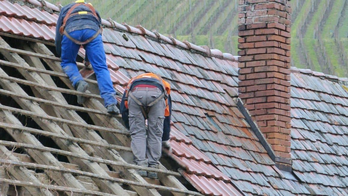 Rénovation de toiture : 3 bonnes raisons de la faire rapidement